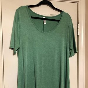 Lularoe Solid heathered green perfect tee large
